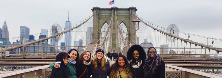 Students in front of the Brooklyn Bridge, New York City