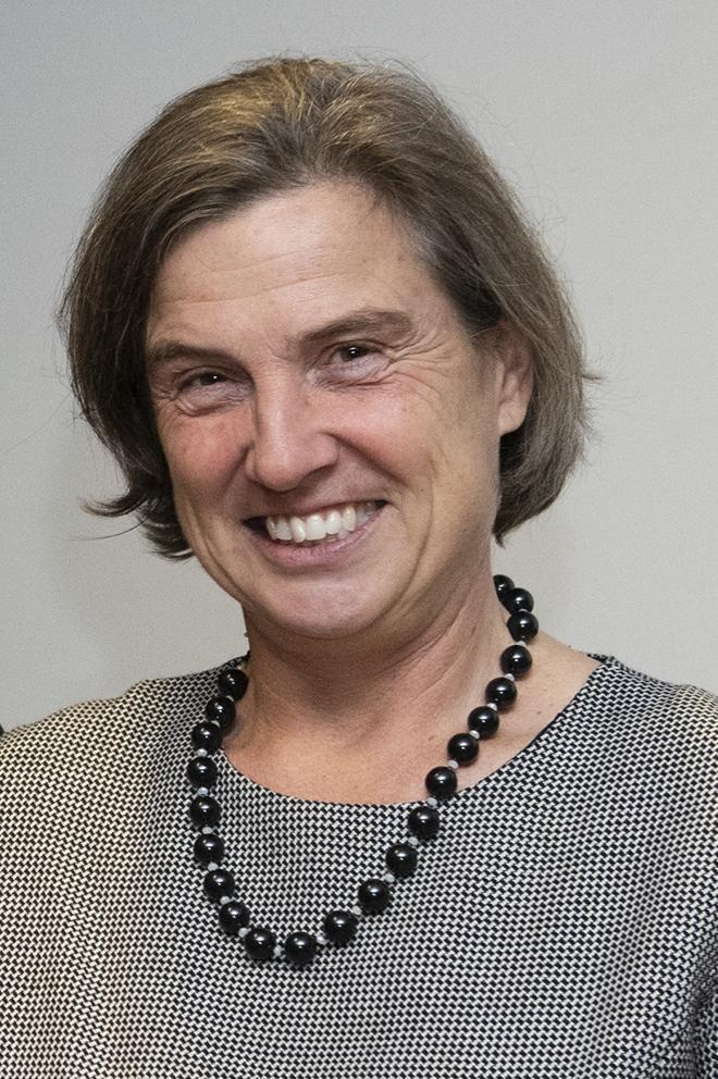 Victoria Barham, Doyenne de la Faculté des sciences sociales
