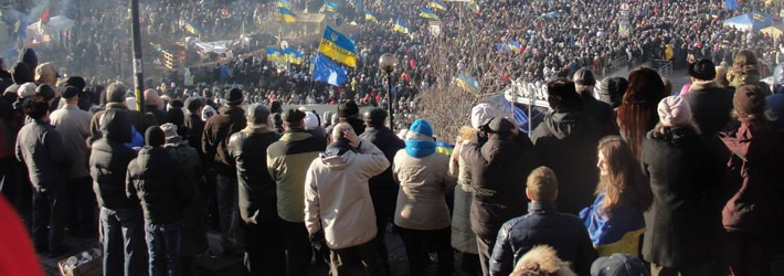 Picture of Euromaidan taken from the top of a hill which shows dozens of thousands of protesters